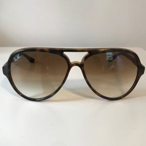 Ray-Ban Other - Ray-Ban CATS 5000 Classic